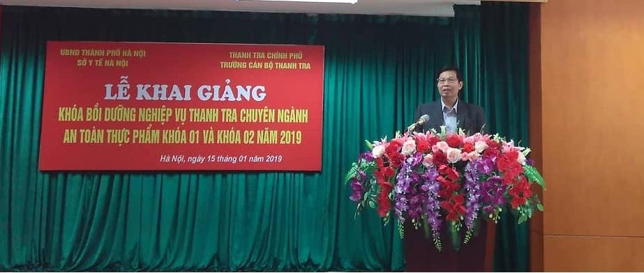 Đc Trần Văn Chung Phó Giám đốc Sở Y tế thành phố Hà Nội