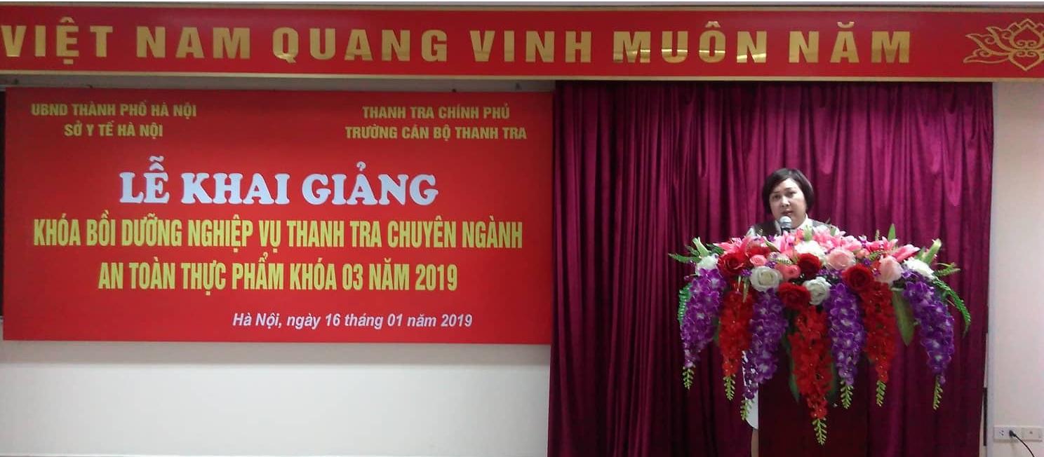 TS Trương Thị Kim Dung kgiảng lớp TTCN ATTP K3 TCBTT