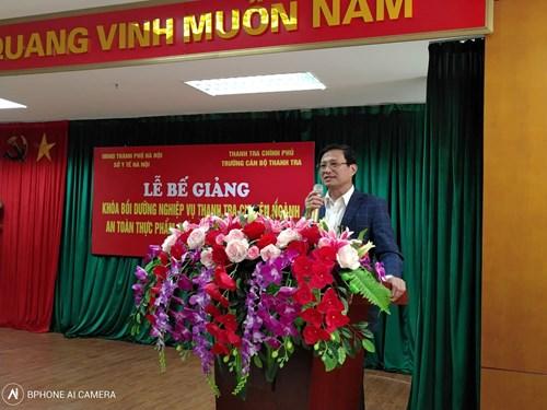 Tiến sĩ Trần Ngọc Tụ Chi Cục trưởng Chi Cục An toàn vệ sinh thực phẩm TPHN