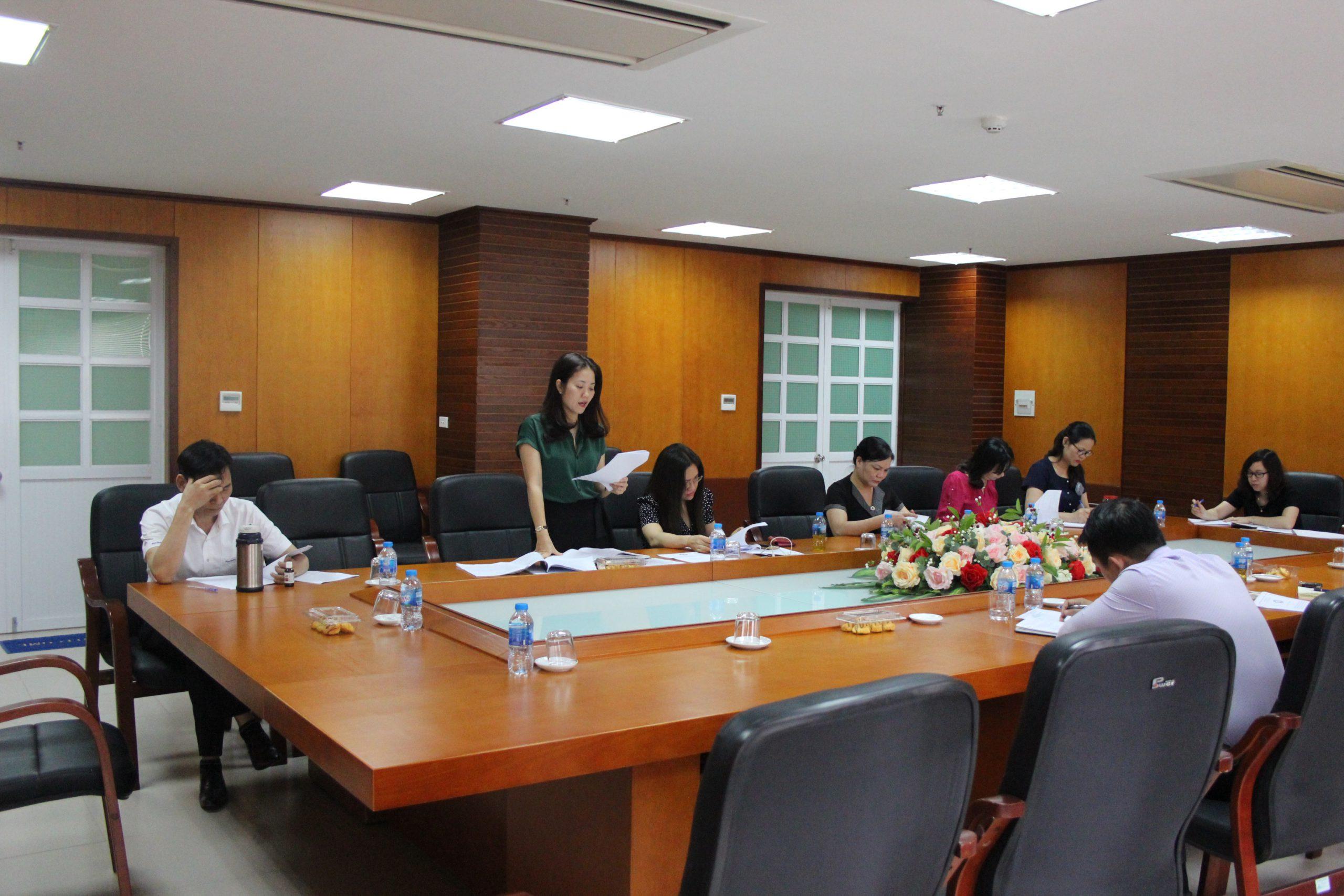 Khoa QLNN và PCTN tổ chức H thảo