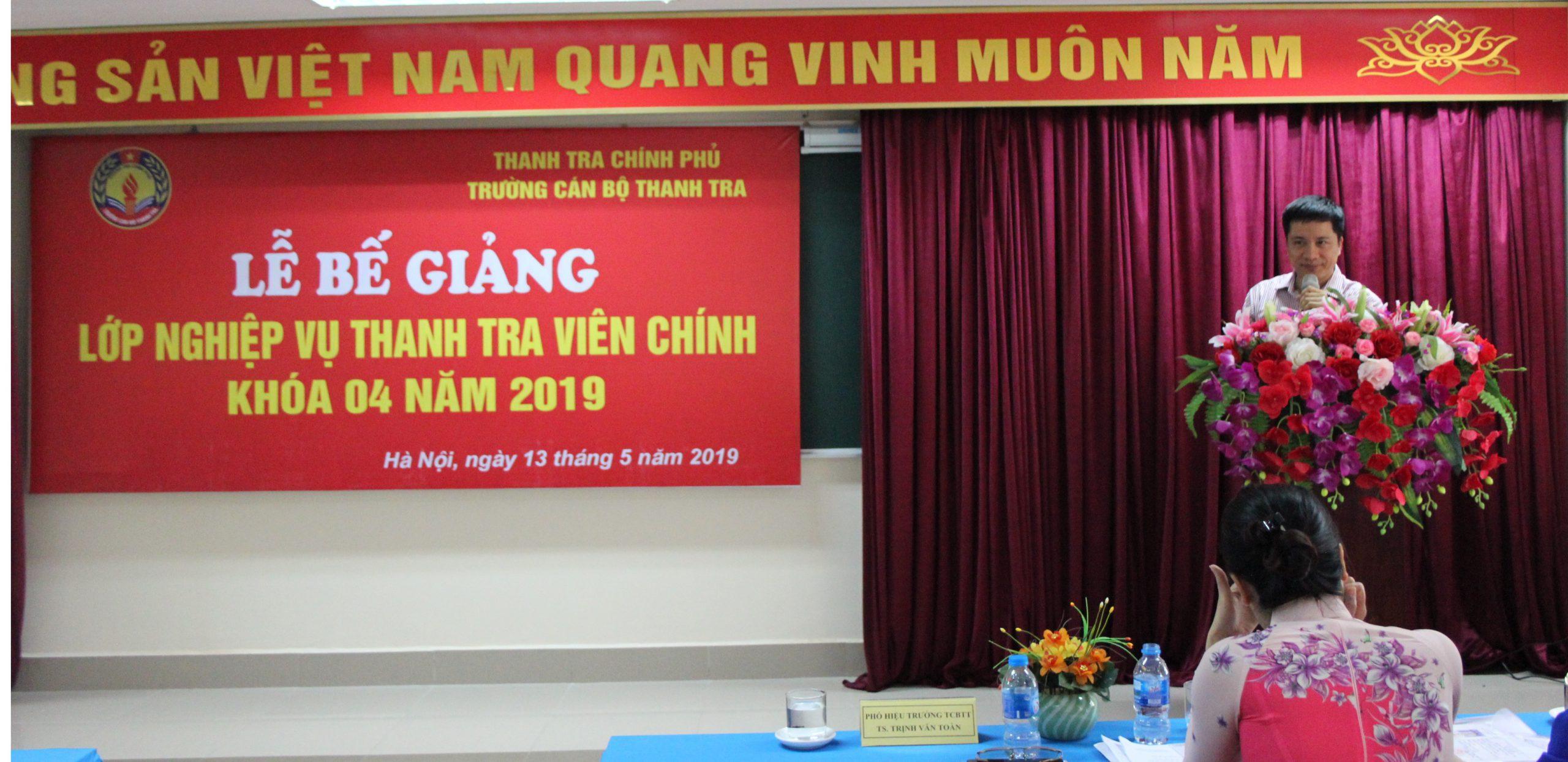 TS Trịnh Văn Toàn Phó Hiệu trưởng Trg CBTT phát biểu bế giảng khóa học