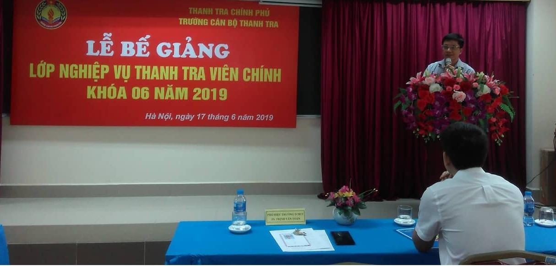 TS. Trinh Văn Toàn Phó Hiệu trưởng Trg CBTT phát biểu bế giảng khóa học