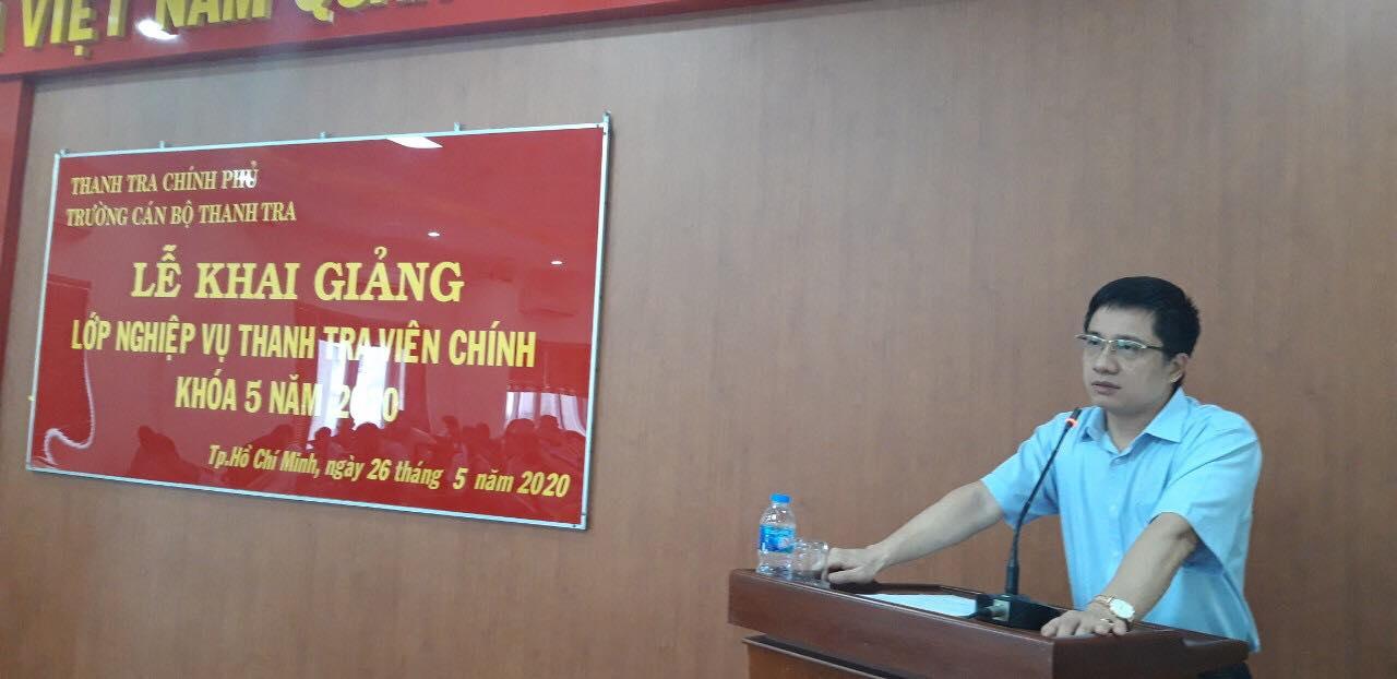 TS Trịnh Văn Toàn Phó Hiệu Trưởng Nhà trường phát biểu khai giảng khóa học