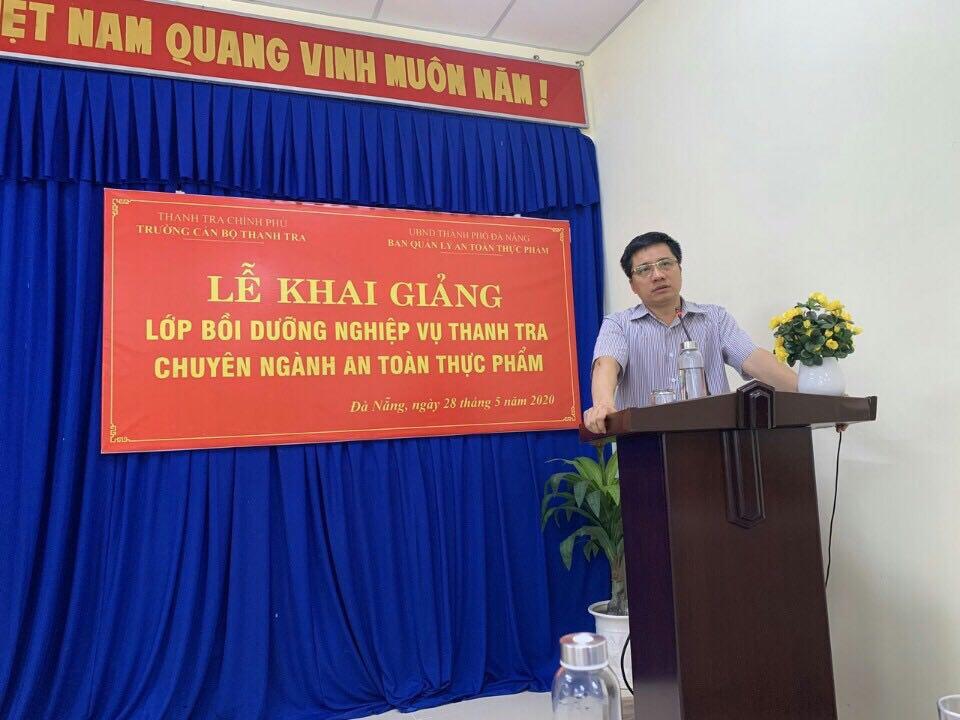 TS Trịnh Văn Toàn Phó Hiệu Trưởng Trường CBTT phát biểu khia giảng khóa học 1