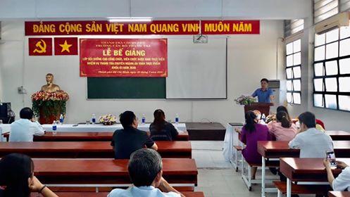 TS Trịnh Văn Toàn PHT Trường CBTT phát biểu bế giảng khóa học
