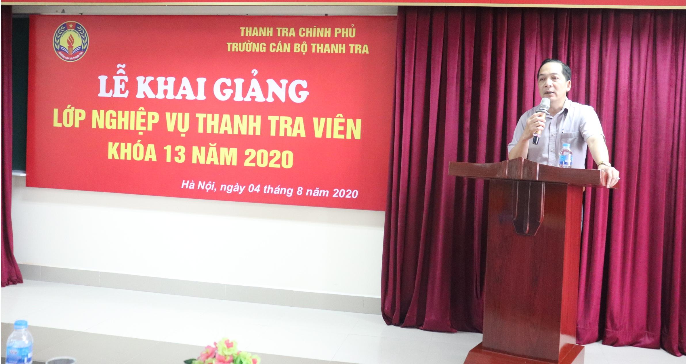 TS Nguyễn Huy Hoàng TTVCC PHT Nhà trường phát biểu khai giảng khóa học