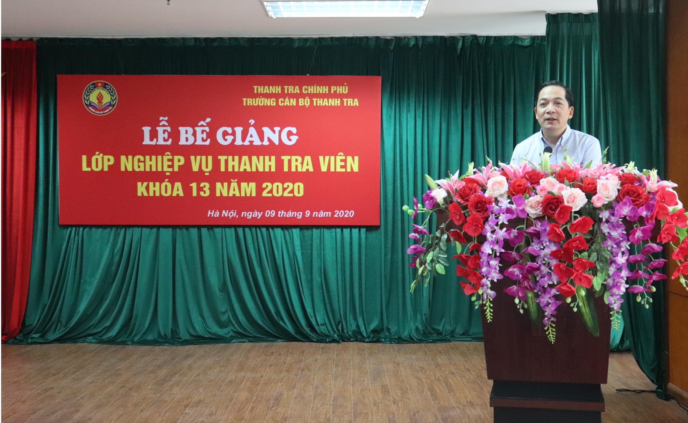 TS Nguyễn Huy Hoàng PHT trg CBTT phát biểu bế giảng khóa học