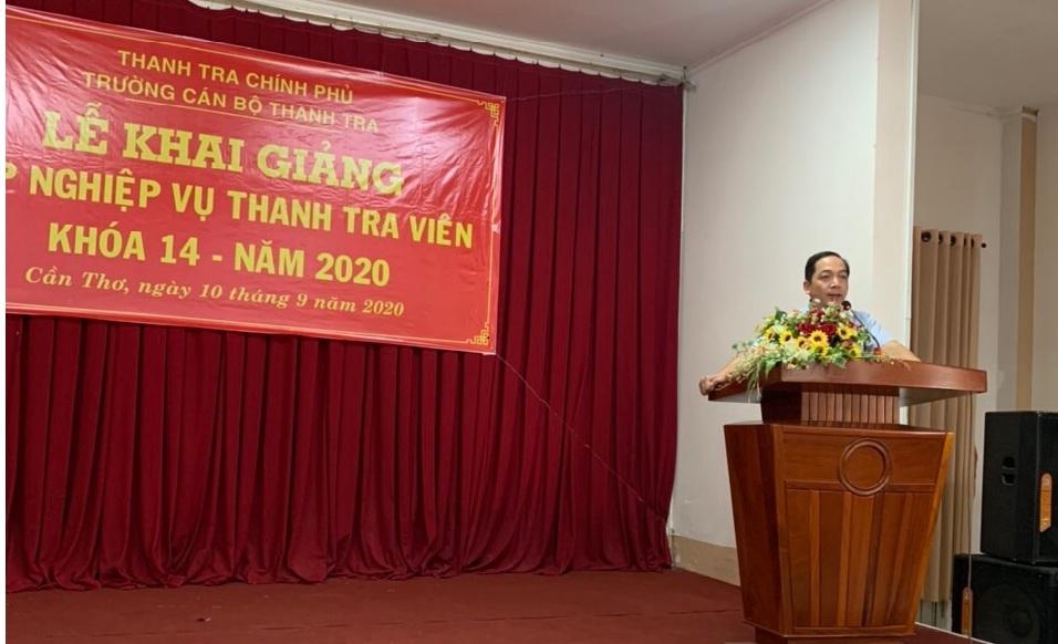 TS Nguyễn Huy Hoàng PHT trg CBTT phát biểu khai giảng lớp học